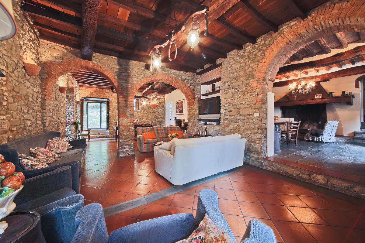 Il poggio alle ville villa montagna florence toscane for La casa di montagna progetta il colorado