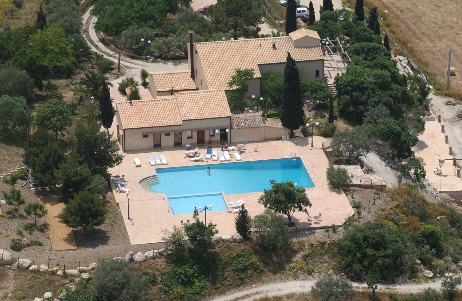 Matrimonio Rustico Lazio : Villa tasca in caltagirone sicilië ecco italia